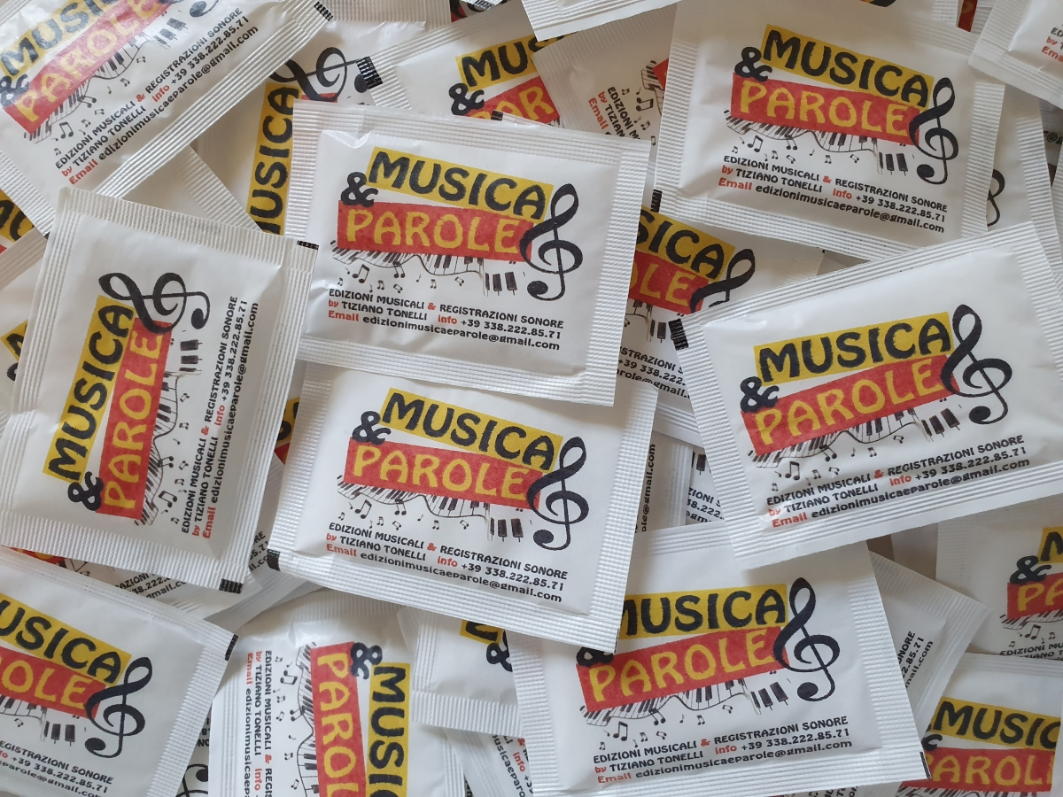 bustine-di-zucchero-musica-parole.jpg
