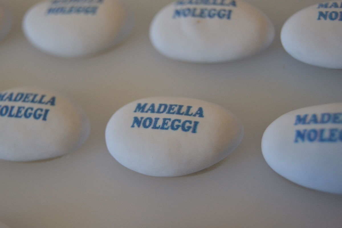 confetti-personalizzati-madella-noleggi.jpg